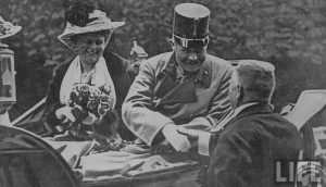 Archduke Franz Ferdinand and wife Sophie in Sarajevo public domain dedication, wikimedia commons